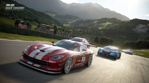 Competir es lo que GT hace mejor. Aquí tenemos una carrera alrededor de un circuito alpino.
