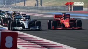 Vettel y Hamilton compiten lado a lado en F1 2019.