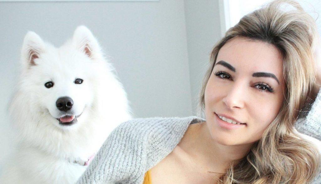 """Twitch-Alinity-Dog """"class ="""" wp-image-449966 """"srcset ="""" http://dlprivateserver.com/wp-content/uploads/2020/06/1593080460_152_Twitch-esta-siendo-demandado-por-25-millones-por-contenido.jpg 1024w, https : //images.mein-mmo.de/medien/2019/12/Twitch-Alinity-Dog-e1575624719191-300x173.jpg 300w, https://images.mein-mmo.de/medien/2019/12/Twitch- Alinity-Dog-e1575624719191-150x86.jpg 150w, https://images.mein-mmo.de/medien/2019/12/Twitch-Alinity-Dog-e1575624719191-768x442.jpg 768w, https: //images.mein- mmo.de/medien/2019/12/Twitch-Alinity-Dog-e1575624719191.jpg 1200w """"tamaños ="""" (ancho máximo: 1024px) 100vw, 1024px """">      <p><strong>¿De qué habló ella?</strong> Alinity no tiene buena reputación entre los amantes de los animales. En diciembre de 2019, la organización de derechos de los animales PETA exigió que Twitch prohibiera el transmisor. Ella causa un escándalo de antemano porque arrojó a su gato sobre su perro y besó a un gato poco después de tomar un sorbo de vodka. </p> <p>Además, solo unos meses después, en abril, se enfrentó a otra prohibición. Allí mostró accidentalmente su cofre por un corto tiempo y luego se prohibió a sí misma en Twitch durante 3 días. </p> <p><strong>¿Qué tan exitosa es Alinity?</strong> A pesar de los numerosos escándalos, a Alinity le va bien en Twitch. Sus números muestran: </p> <ul> <li>En promedio, 2196 espectadores vieron los últimos 90 días; en el pico fueron casi 7000 espectadores. </li> <li>Alinity reunió alrededor de 2,3 millones de visitas y los espectadores invirtieron 911.000 horas en sus transmisiones.</li> <li>En total, Alinity estuvo en vivo 411 horas en los últimos 90 días, eso es un promedio de 4 1/2 horas al día.</li> </ul> <p><strong>¿Cuál es tu clip favorito?</strong> Su clip más popular muestra al transmisor hablando de un espectador cautivado que anteriormente era extremadamente vulgar: </p> <p>Contenido editorial recomendado En este punto, encontrarás contenido externo de Twitch que complementa el artículo Mostrar con"""