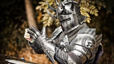 """Cosplayer gasta € 6,000 para reconstruir 35 kg de armadura: """"¡Fue un desastre!"""""""