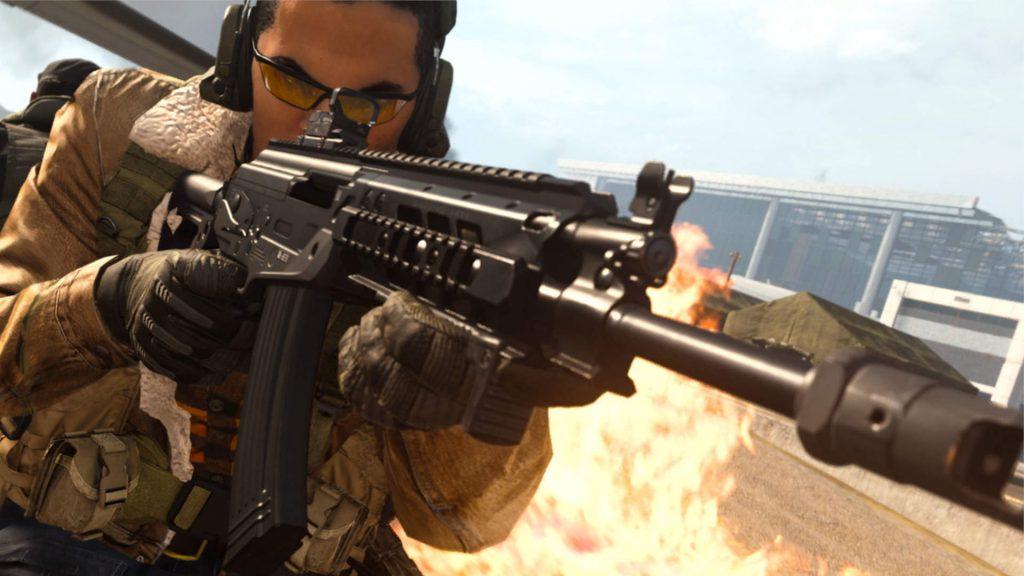 bacalao armas de la zona de guerra rifles de asalto después del título gris