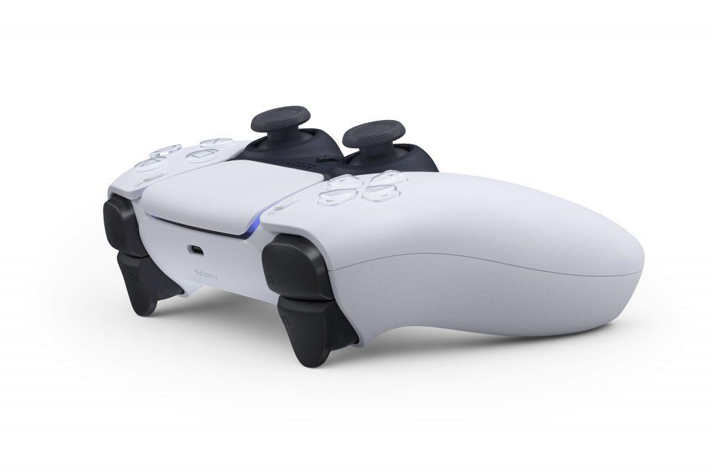 Controlador PS5 Dualsense imagen oficial en diagonal desde atrás