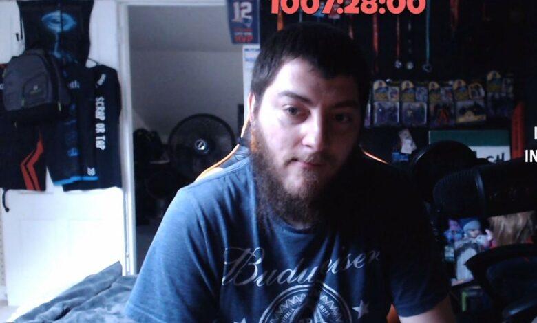 Streamer ha estado en vivo en Twitch durante 1.068 horas porque tiene miedo de estar solo