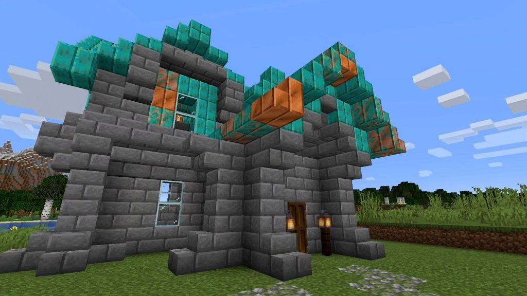 """Minecraft-casa-con-techo-de-cobre """"class ="""" wp-image-575278 """"srcset ="""" http://dlprivateserver.com/wp-content/uploads/2020/10/1601745331_746_Minecraft-trae-la-quotactualizacion-mas-esperada-de-todos-los-tiemposquot.jpg 1024w , https://images.mein-mmo.de/medien/2020/10/Minecraft-Kupfer-Dach-Haus-300x169.jpg 300w, https://images.mein-mmo.de/medien/2020/10/ Minecraft-casa-con-techo-de-cobre-150x84.jpg 150w, https://images.mein-mmo.de/medien/2020/10/Minecraft-Kupfer-Dach-Haus-768x432.jpg 768w, https: // imágenes. mein-mmo.de/medien/2020/10/Minecraft-Kupfer-Dach-Haus-1536x864.jpg 1536w, https://images.mein-mmo.de/medien/2020/10/Minecraft-Kupfer-Dach-Haus -780x438.jpg 780w, https://images.mein-mmo.de/medien/2020/10/Minecraft-Kupfer-Dach-Haus.jpg 1920w """"tamaños ="""" (ancho máximo: 1024px) 100vw, 1024px """"> Aquí todavía se pueden ver los restos de cobre del techo, mientras que el resto ya se ha vuelto verde.      <h2>¿Qué puedes hacer con el cobre en Minecraft?</h2> <p><strong>¿Cómo extraes cobre?</strong> Como ya sabe de otros metales, puede extraer cobre con picos. También ocurre en las venas: esta es una característica nueva en Minecraft. Durante la extracción, es posible que se encuentre con un bloque que parece inusual, pero básicamente es solo piedra. Sin embargo, si sigue estos bloques de piedra """"inusuales"""", terminará con más minerales de cobre. Luego puede fundirlo en su horno y procesarlo en barras de cobre.</p> <p>    <img loading="""