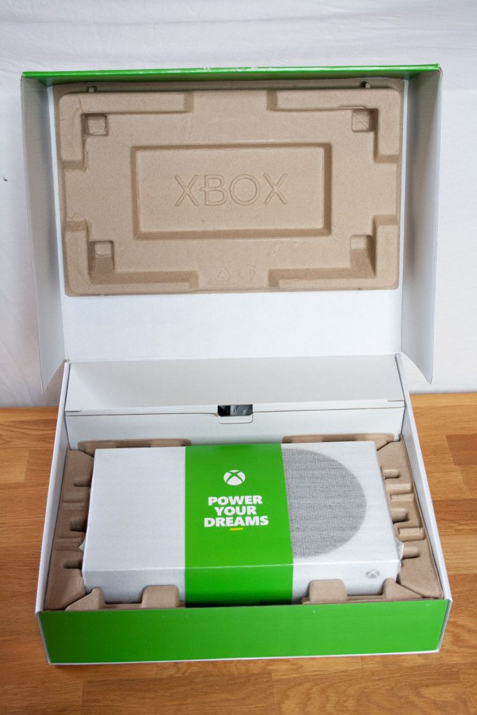"Contenido de la caja de Xbox Series S ""data-id ="" 609583 ""data-full-url ="" https://images.mein-mmo.de/medien/2020/10/Xbox-Series-S-Karton- Inhalt.jpg ""data-link ="" https://mein-mmo.de/xbox-series-s-karton-inhalt/ ""class ="" wp-image-609583 ""srcset ="" https: //images.mein- mmo.de/medien/2020/10/Xbox-Series-S-Karton-Inhalt-683x1024.jpg 683w, https://images.mein-mmo.de/medien/2020/10/Xbox-Series-S-Karton -Inhalt-200x300.jpg 200w, https://images.mein-mmo.de/medien/2020/10/Xbox-Series-S-Karton-Inhalt-100x150.jpg 100w, https: //images.mein-mmo .de / medien / 2020/10 / Xbox-Series-S-Karton-Inhalt-768x1152.jpg 768w, https://images.mein-mmo.de/medien/2020/10/Xbox-Series-S-Karton- Content-1024x1536.jpg 1024w, https://images.mein-mmo.de/medien/2020/10/Xbox-Series-S-Karton-Inhalt.jpg 1280w ""tamaños ="" (ancho máximo: 683px) 100vw, 683px ""></li> <li class="