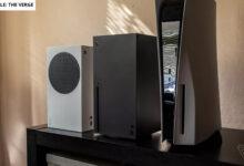 Los probadores muestran la enorme PS5 en comparación con Xbox Series X.