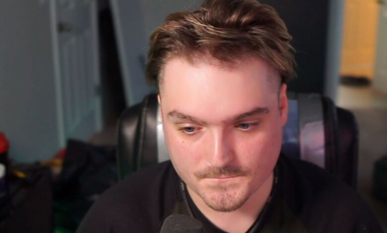 Streamer se ve tan horrible en Leak que detiene a Twitch y huye