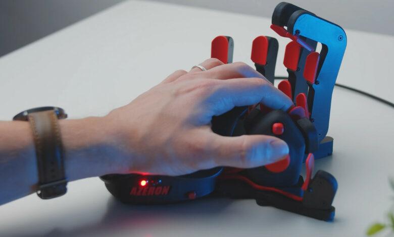 ¿Jugar con el teclado es demasiado aburrido para ti? Entonces prueba esta mano loca