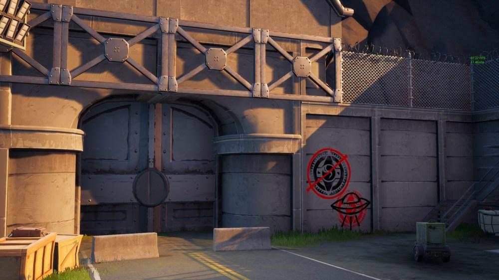 muro cubierto de graffiti fortnite rincón malicioso